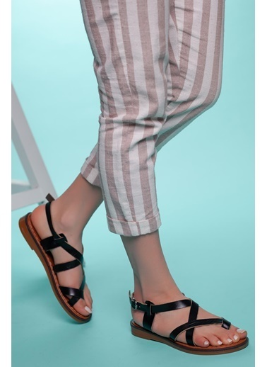 Muggo Hakiki Deri Sandalet Siyah